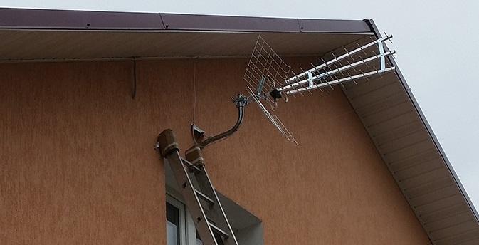 Кронштейн для ТВ антенны
